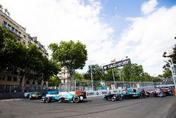 Nelson Piquet Jr., NEXTEV TCR Formula E Team. leads Oliver Turvey, NEXTEV TCR Formula E Team