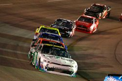 Blake Koch, Kaulig Racing Chevrolet e Matt Tifft, Joe Gibbs Racing Toyota