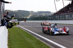 #40 Graff Racing Oreca 07 - Gibson: James Allen, Gustavo Yacaman, Richard Bradley takes the win