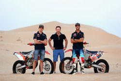 (L-R) Max Verstappen, Red Bull Racing, Christian Horner, Red Bull Racing Team Principal and Daniel R