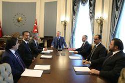 Recep Tayyip Erdoğan, le président de la Turquie, reçoit Chase Carey, le directeur général de la F1, dans le Complexe Présidentiel