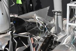 Mercedes AMG F1 W08, engine cover