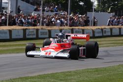 McLaren Cosworth M23