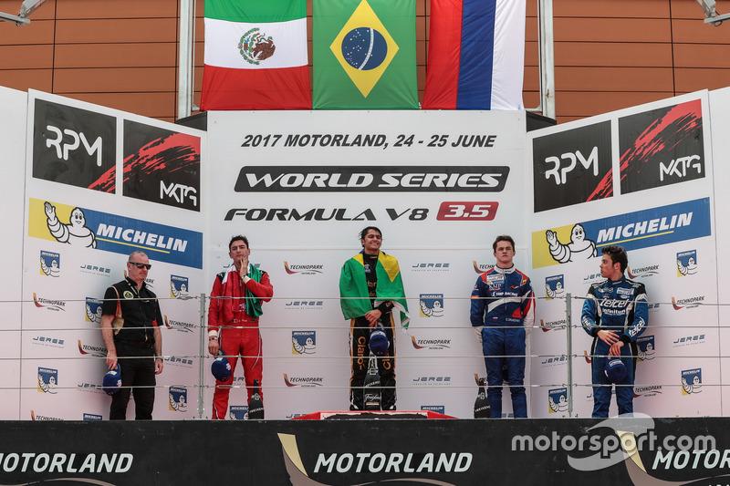 Podium: Ganador, Podium: Pietro Fittipaldi, Lotus , segundo, Podium: Alfonso Celis Jr., Fortec Motor
