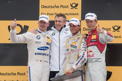 Podio: il vincitore della gara Bruno Spengler, BMW Team RBM, BMW M4 DTM, il secondo classificato Max