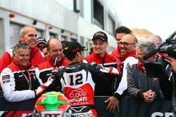 Yarış galibi Michael Rinaldi, Aruba.it Racing Junior Team, Chaz Davies, Ducati Team