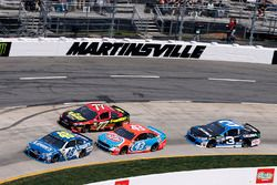 Jimmie Johnson, Hendrick Motorsports Chevrolet, Erik Jones, Furniture Row Racing Toyota