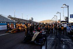 Ryan Hunter-Reay, Andretti Autosport, Honda; James Hinchcliffe, Schmidt Peterson Motorsports, Honda