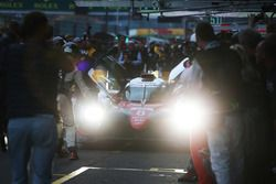 Ganadores de la carrera #8 Toyota Gazoo Racing Toyota TS050 Hybrid: Anthony Davidson, Sébastien Buem