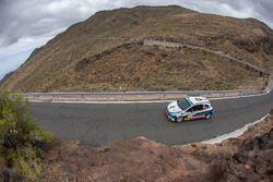29 MARES Filip (CZE), HOULSEK JAN (CZE), Peugeot 208 R2,
