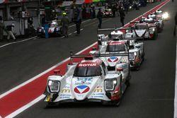 #31 Vaillante Rebellion Racing, Oreca 07 Gibson: Julien Canal, Bruno Senna, Nicolas Prost; #13 Vaill