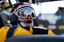 Brad Keselowski, Team Penske Ford pit crewman