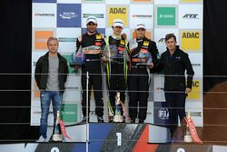 Rookie Podium: first place Lando Norris, Carlin, Dallara F317 - Volkswagen, second place Jehan Daruv