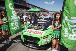 Hot grid girls for Mark Winterbottom, Prodrive Racing Australia Ford