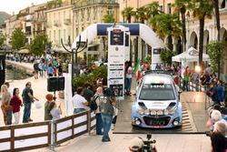 Partenza: Corrado Fontana, Nicola Arena, Hyundai i20 WRC, Bluthunder