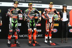 Top-drie kwalificatie: polesitter Tom Sykes, Kawasaki Racing, tweede Jonathan Rea, Kawasaki Racing,