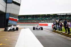 Karun Chandhok, Williams FW14B Renault y Paul di Resta