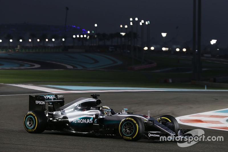 19 побед Mercedes в сезоне-2016 являются историческим рекордом Ф1. Второе и третье места также у немецкой марки: по 16 побед в 2014-м и 2015-м годах