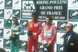 Podium: winner Alain Prost, Ferrari, second place Ivan Capelli, Leyton House Judd, third place Ayrton Senna, McLaren Honda, FIA President Jean-Marie Balestre