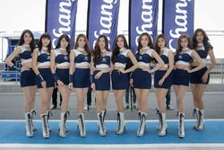 Grid girls Chang