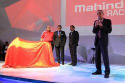Anand Mahindra, Mahindra Group Chairman, Pawan Goenka, Mahindra & Mahindra Executive Director, Ruzbe
