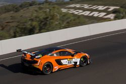 #59 Tekno Autosports McLaren 650S : Shane van Gisbergen, Alvaro Parente, Jonathon Webb