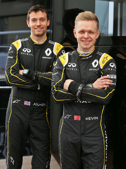 Jolyon Palmer, Renault Sport F1 Team with Kevin Magnussen, Renault Sport F1 Team