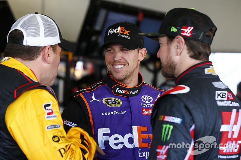 Ryan Newman, Richard Childress Racing, Chevrolet; Denny Hamlin, Joe Gibbs Racing, Toyota; Kurt Busch, Stewart-Haas Racing, Chevrolet