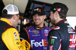 Ryan Newman, Richard Childress Racing, Chevrolet; Denny Hamlin, Joe Gibbs Racing, Toyota; Kurt Busch