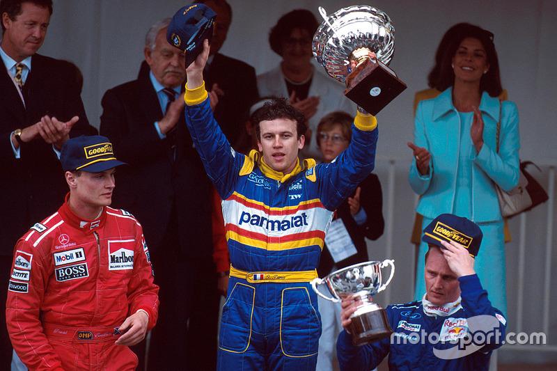 En el Gran Premio de Mónaco en 1996, solo tres pilotos cruzaron la meta. La victoria fue para Olivier Panis, para quien este éxito fue el único en su carrera.