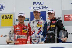 Podium: rookie, Guanyu Zhou, Motopark Dallara F312 – Volkswagen, Ben Barnicoat, HitechGP Dallara F31