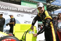 Pol pozisyonu sahibi Simon Pagenaud, Team Penske Chevrolet