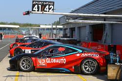 #42 CMR with Sport Garage Ferrari 458 Italia GT3: Nyls Stievenart, Jörg Viebahn, Thomas Nicolle