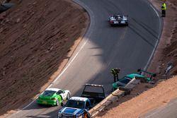 Crash: #50 Mitsubishi EVO: Roy Narvaez