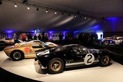 Drie Ford GT 40 1966 winnaars
