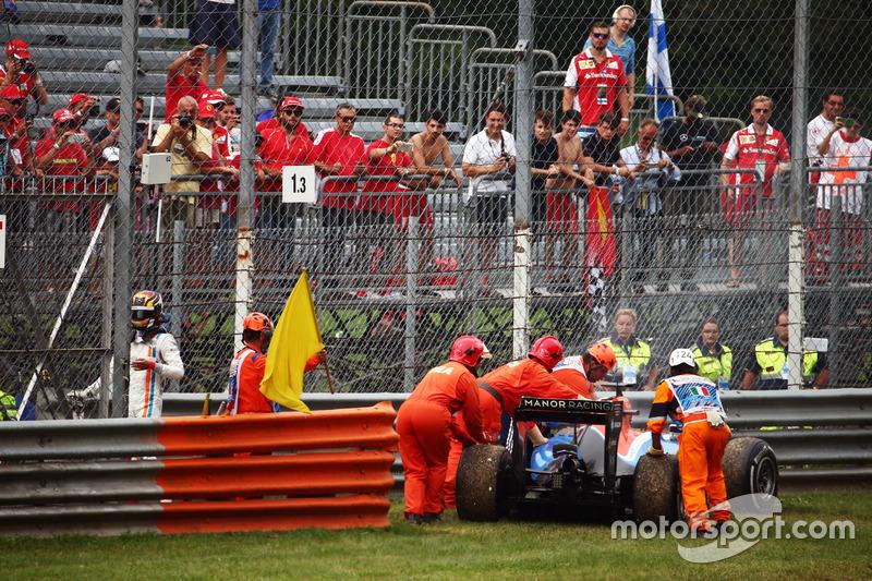 Pascal Wehrlein, Manor Racing MRT05 se retira de la carrera