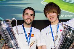 Winners Carlos Martinez, Yusuke Tomibayashi