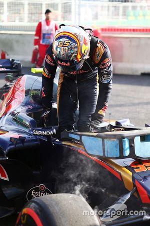 Carlos Sainz Jr., Scuderia Toro Rosso STR11, Ausfall