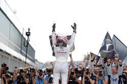 Sieger Lucas Auer, Mercedes-AMG Team Mücke, Mercedes-AMG C63 DTM