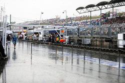 Una tormenta de lluvia cae en el circuito antes de calificar