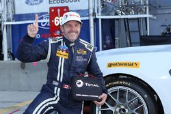 Ganador de la pole Scott Maxwell, Multimatic Motorsports Ford