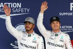 Clasificación: segundo lugar a Lewis Hamilton, Mercedes AMG F1; ganador de la pole Nico Rosberg, de
