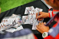 Autograpf cards of Stéphane Lefebvre, Gabin Moreau, Citroën DS3 WRC, Abu Dhabi Total World Rally Tea
