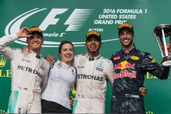 1st place Lewis Hamilton, Mercedes AMG F1, 2nd place Nico Rosberg, Mercedes AMG F1 and 3rd place Dan