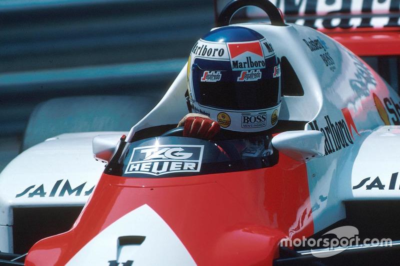 В концовке Алену Просту удалось на три десятых превзойти результат партнера по McLaren, но Росберг вернулся на трассу и поднял планку на недосягаемую для остальных высоту – 1.42.013. Ни пилоты Williams, ни традиционно быстрый в квалификации Айртон Сенна ничего не смогли противопоставить этому результату