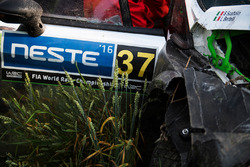 Lorenzo Bertelli, Simone Scattolin, Ford Fiesta WRC after a crash