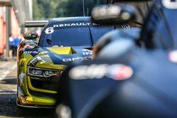 #6 V8 Racing Renault RS01: Jordan Grogor, Carmen Jorda