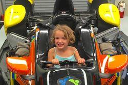 Jessica Wilson, hija de Justin Wilson, su tío, Stefan Wilson, KV Racing Technology Chevrolet de IndyCar