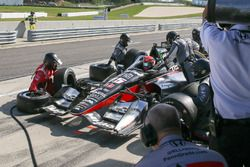 Graham Rahal, Rahal Letterman Lanigan Racing Honda acción en pits