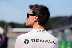 Jolyon Palmer, Renault Sport F1 Team durante el himno